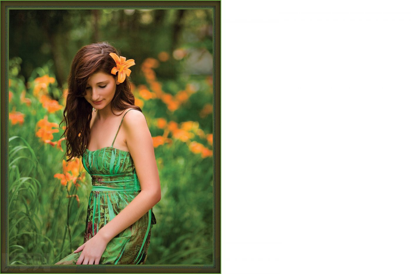 Green and orange. Limiting the color palette makes for a more pleasant portrait.